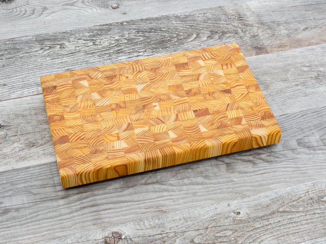 Random design small cutting board