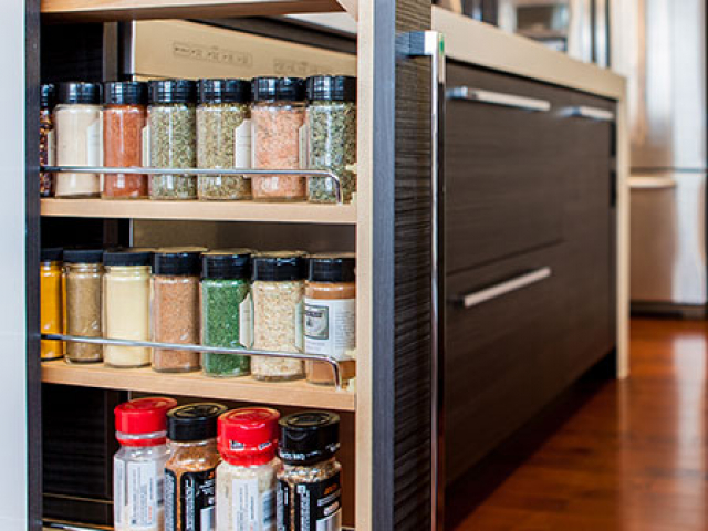 Pull Out Spice Rack Base